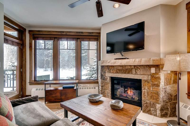Perfectly Priced Breckenridge 2 Bedroom Walk to lift - WF108 - Image 1 - Breckenridge - rentals