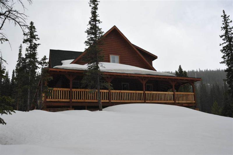 Convenient Secluded 4 Bedroom Private Home - 151 Mountain Kingdom Road - Image 1 - Breckenridge - rentals
