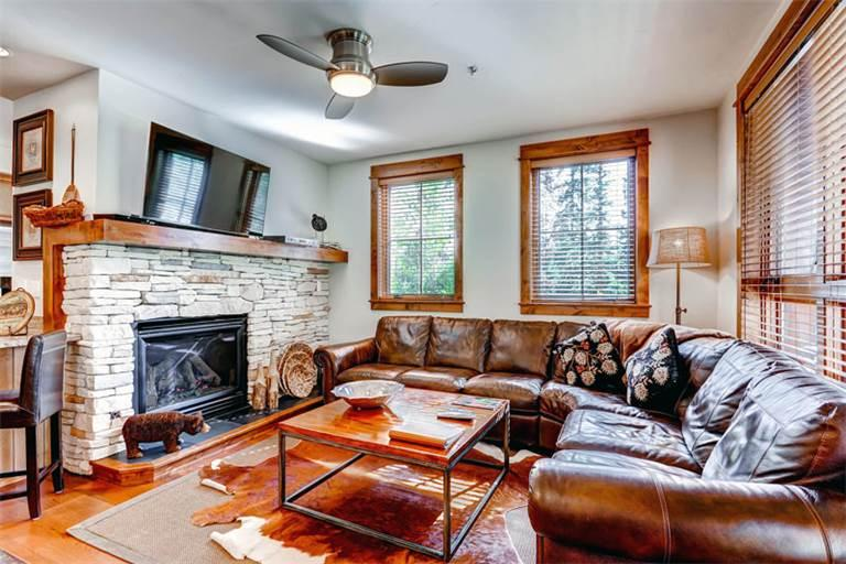 Wonderful yes 2 Bedroom Condo - B201 - Image 1 - Breckenridge - rentals