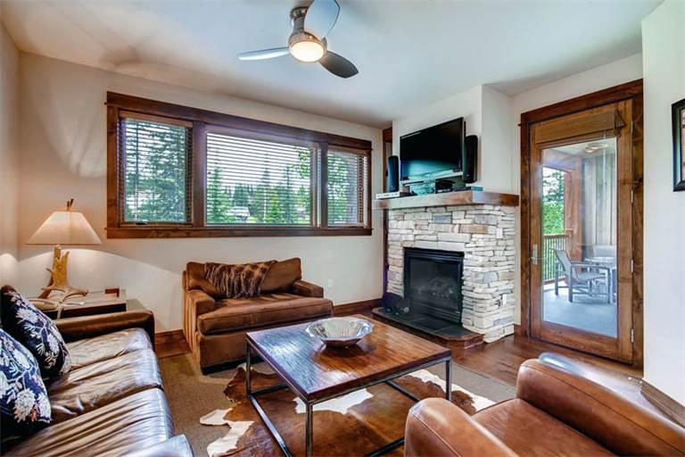 Comfortably Furnished yes 2 Bedroom Condo - B406 - Image 1 - Breckenridge - rentals