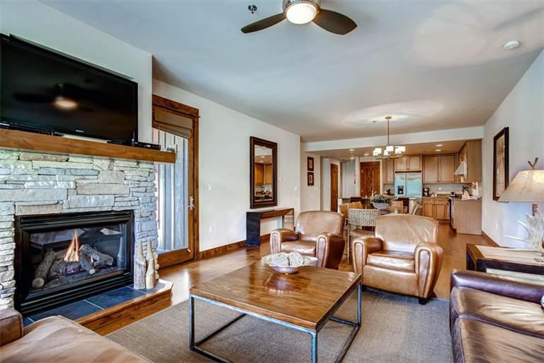 Affordable yes 4 Bedroom Condo - B502 - Image 1 - Breckenridge - rentals
