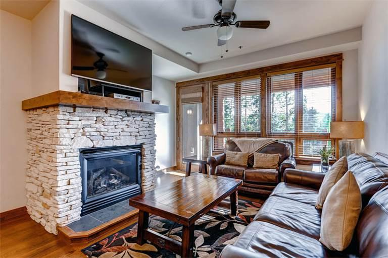 Charming yes 2 Bedroom Condo - B513 - Image 1 - Breckenridge - rentals