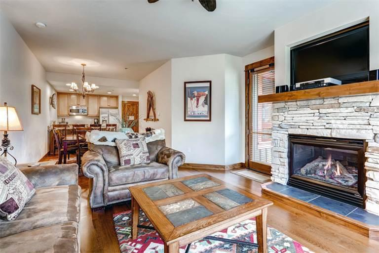 Affordably Priced yes 2 Bedroom Condo - B516 - Image 1 - Breckenridge - rentals