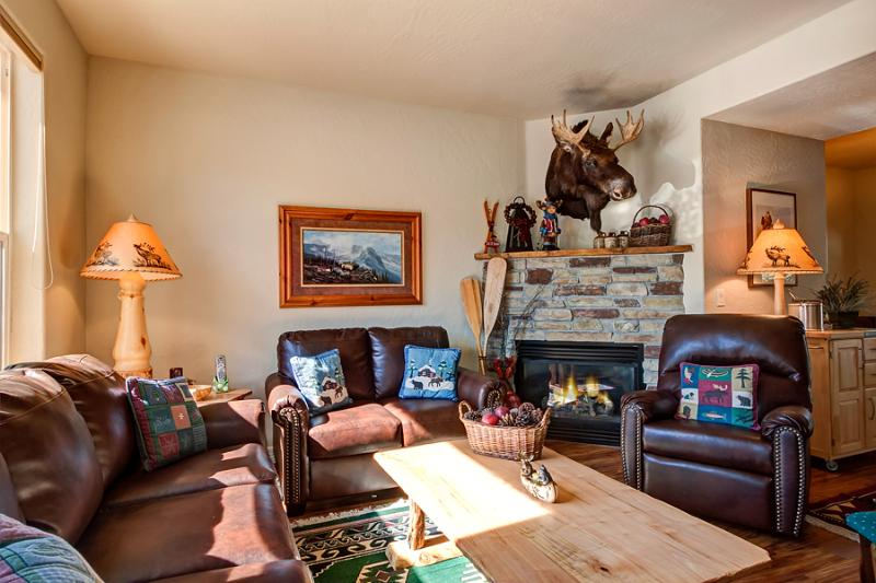 Invitingly Furnished  3 Bedroom  - 1243-95643 - Image 1 - Breckenridge - rentals