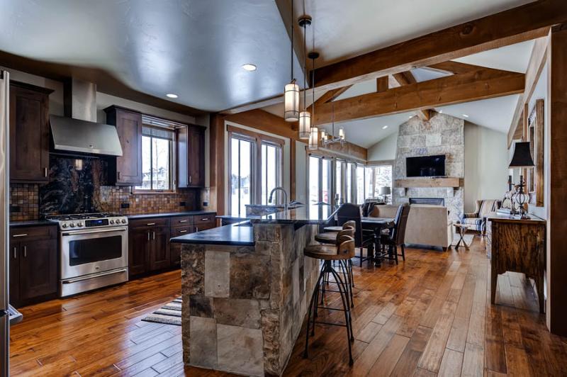 Appealingly Priced  3 Bedroom  - 1243-96686 - Image 1 - Breckenridge - rentals