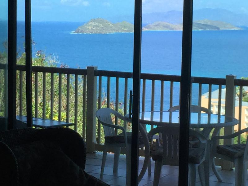 Panoramic ocean views from your bed, living room and kitchen. - Best Lindquist Beach view  No booking fees! - East End - rentals