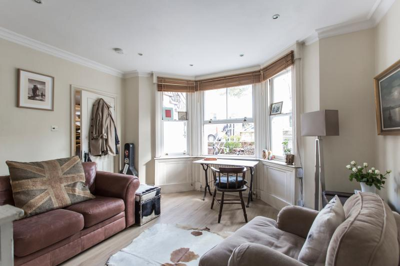 onefinestay - Cambridge Gardens Studio private home - Image 1 - London - rentals