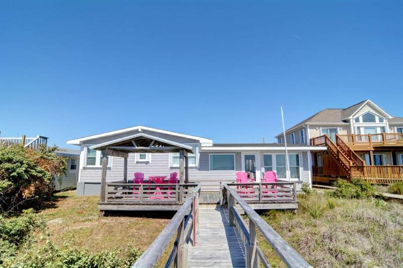 APPEL COTTAGE - Image 1 - Topsail Beach - rentals