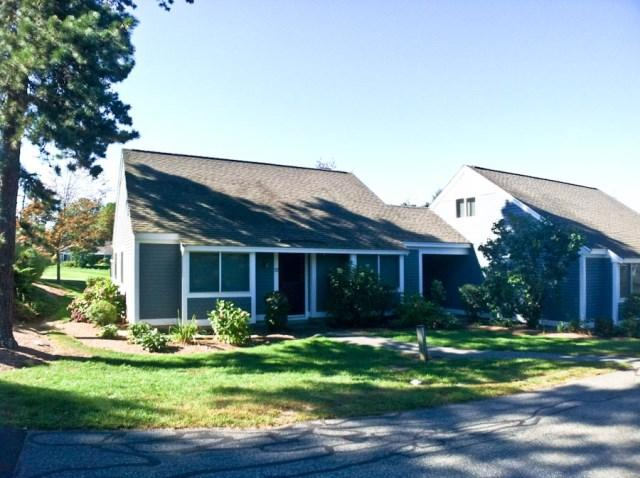 Front view - Ocean Edge Patio Syle (sleeps 6) with 3 A/C's & pool (fees apply) - SU0463 - Brewster - rentals
