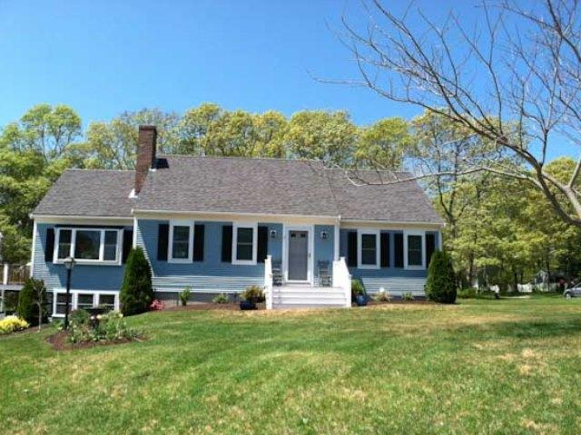 Outside - Front View - Bayside: 2 NEW King Beds, 4 A/C's, WiFi, dishwasher, washer/dryer - YA0555 - Yarmouth - rentals
