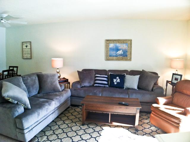 Living area - Street Level, King Bed, 2 ACs, WIFI, 4 Pool Passes (Fees Apply) - EA0616 - Brewster - rentals