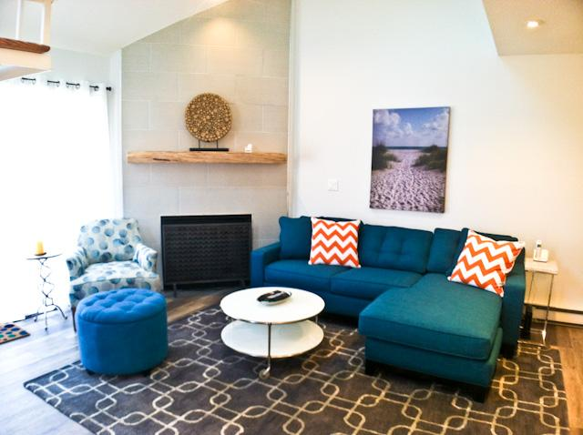 Living area - Renovated Townhouse with A/C, Wi-FI & 6 pool passes (fees apply) - TR0619 - Brewster - rentals