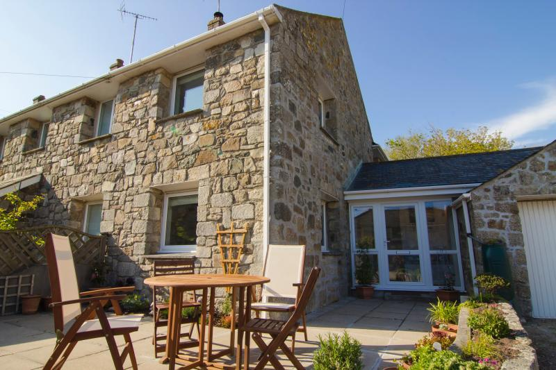 Trenow Cottage - Milly and Martha - Trenow - Perranuthnoe - rentals