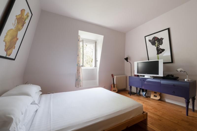 onefinestay - Rue Sophie Germain private home - Image 1 - Paris - rentals