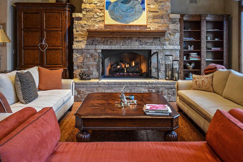Manor Vail Penthouse 470, Sleeps 8 - Image 1 - Vail - rentals