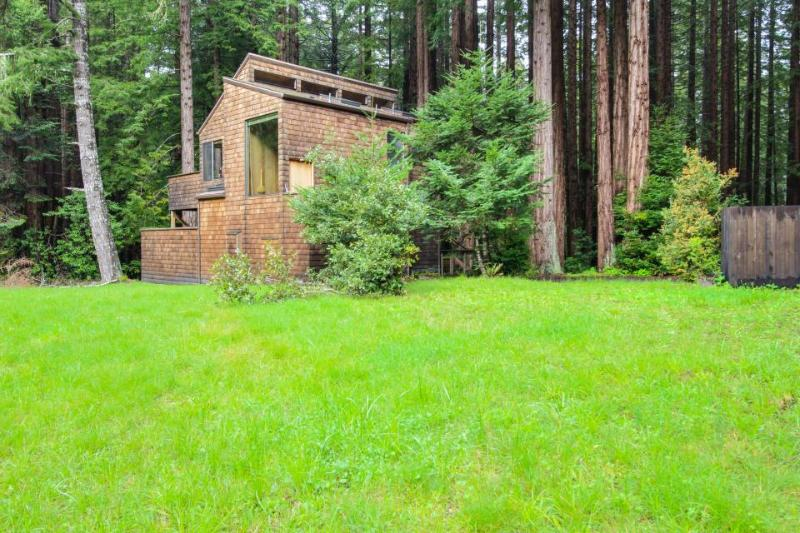 Tranquil forest views with a private hot tub & shared pool access. Dogs OK! - Image 1 - Sea Ranch - rentals