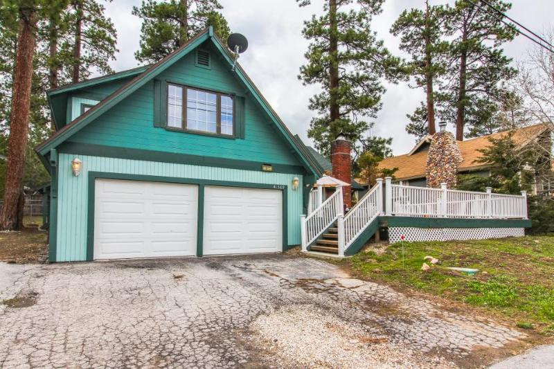 Open and spacious home w/ game room, close to the lake! - Image 1 - Big Bear Lake - rentals
