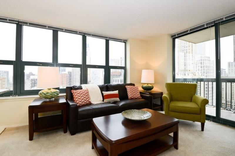 COMFORTABLE, CLEAN AND SPACIOUS 1 BEDROOM, 1 BATHROOM APARTMENT - Image 1 - Chicago - rentals
