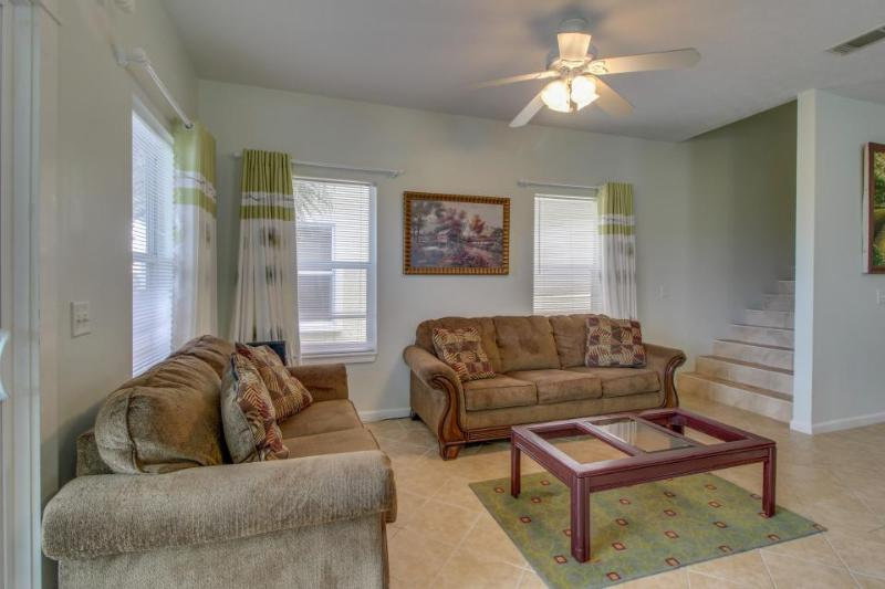 Spacious home w/two sundecks, ocean views, walk to the beach - Image 1 - Panama City Beach - rentals