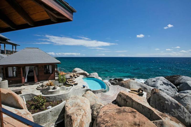 - Batu Villa - Little Trunk Bay - rentals