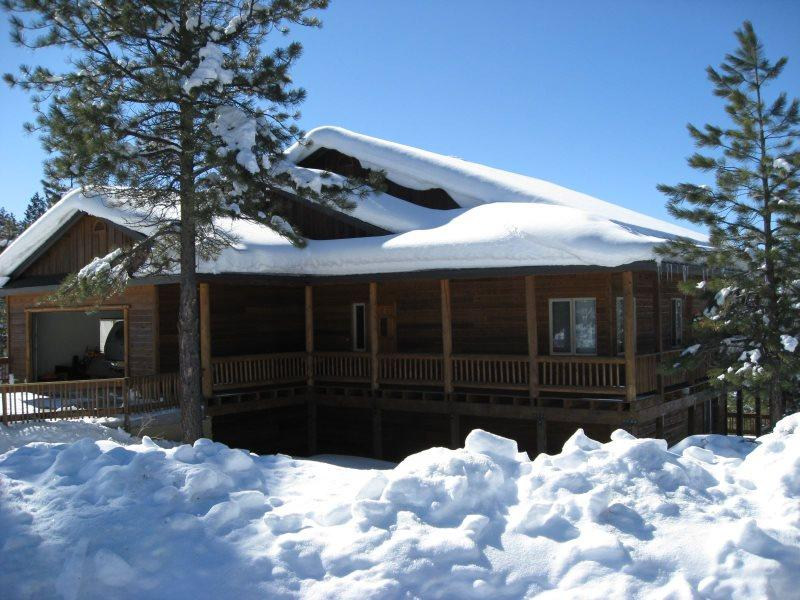 Glenwood is a relaxing vacation home located in the Twin Creeks area in Pagosa Springs. - Image 1 - Pagosa Springs - rentals