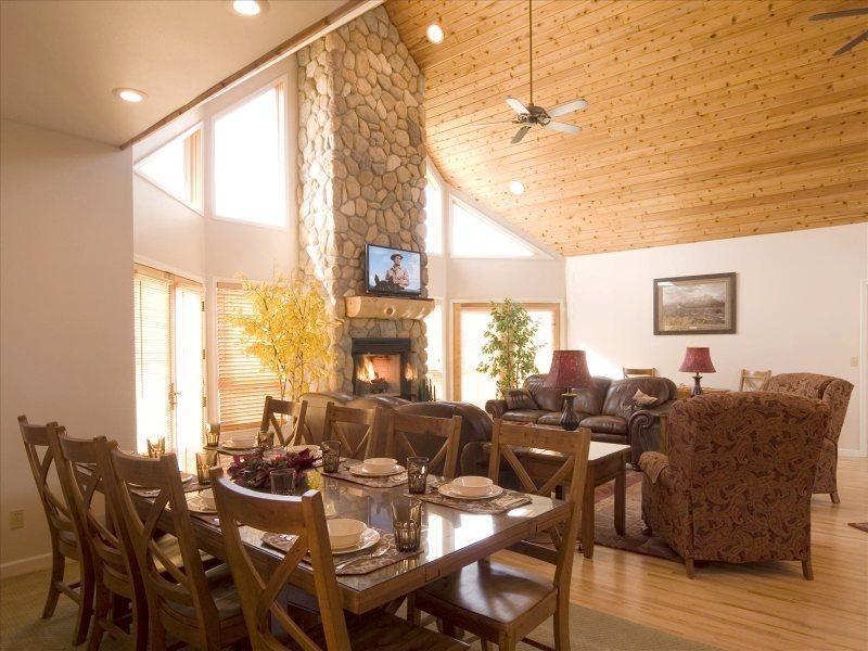 Bull Moose Retreat Main House - Image 1 - Cody - rentals