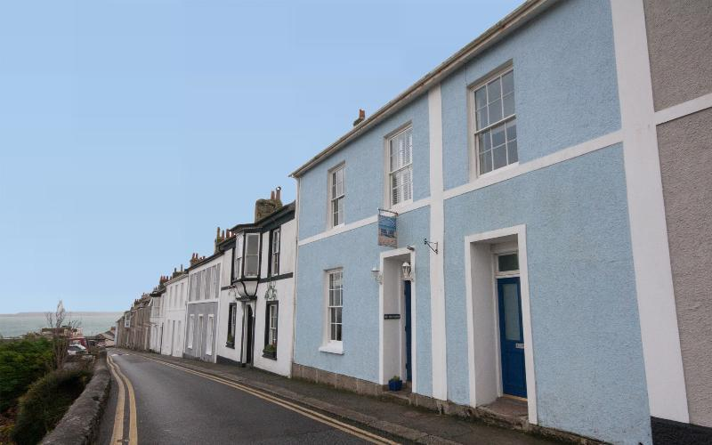 Coast House - Milly & Martha - Image 1 - Saint Ives - rentals