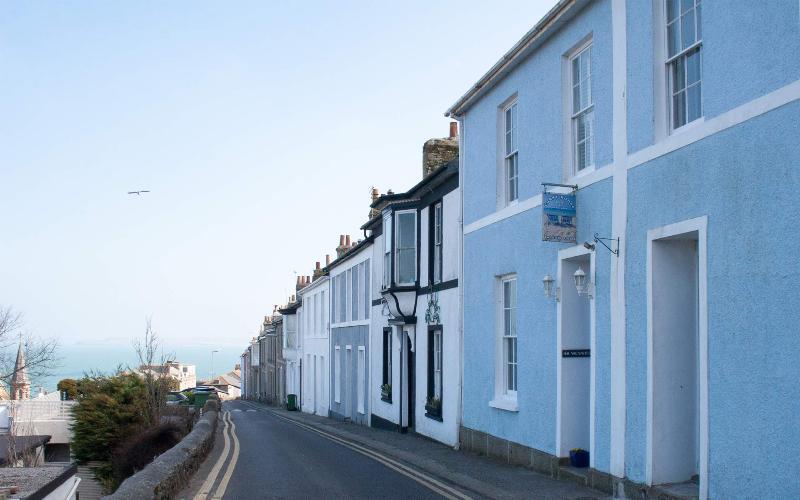 Coast House Cottage - Milly & Martha - Image 1 - Saint Ives - rentals