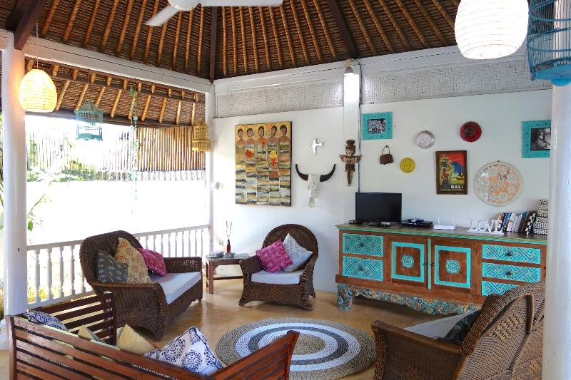 SPACIOUS LOVE VILLA 2 - SPACIOUS LOVE VILLA 2 - Double Six Surf Beach Legian Seminyak - Legian - rentals