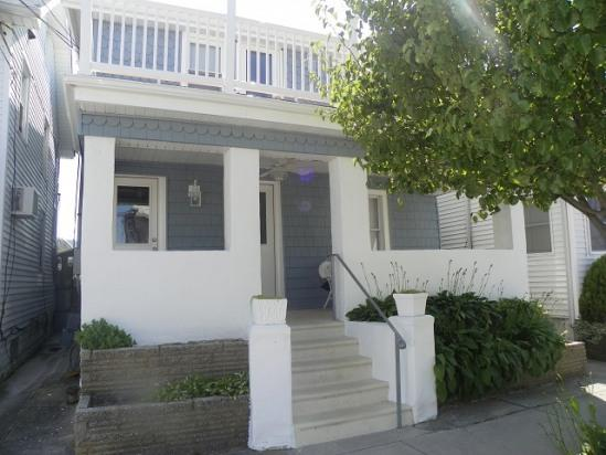 Front of house - Charming Newly Renovated 1 BR 1.5 Blocks to Beach - Wildwood - rentals