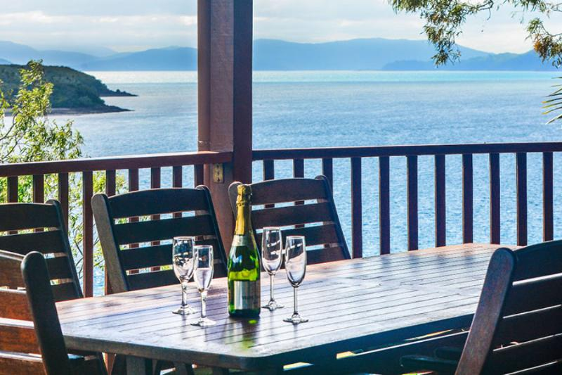 16 The Casuarina - 3 Bedroom House With 180 Degree Ocean Views - Image 1 - Hamilton Island - rentals
