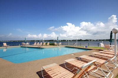 Spacious Condo, Indoor & Outdoor Pool, Boat Slips - Image 1 - Gulf Shores - rentals