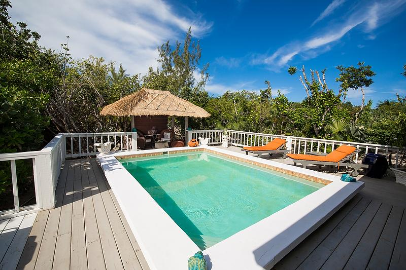 Ideal for Couples, Very Private Location w/ pathway to beautiful beach, private pool - Image 1 - Grace Bay - rentals
