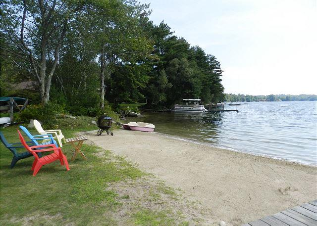 Waterfront with Shared Sandy Beach in Moultonborough (BUR36Bf) - Image 1 - Moultonborough - rentals