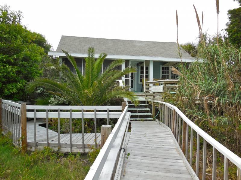 Oceanside Exterior - Bimini - Folly Beach, SC - 3 Beds BATHS: 1 Full - Folly Beach - rentals