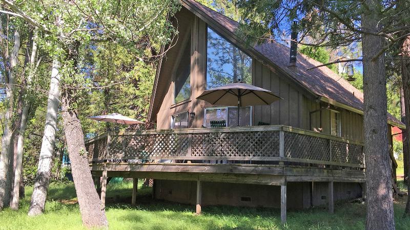 Cabin backside - Yosemite - Pine Mountain Lake - Groveland - Cabin - Groveland - rentals