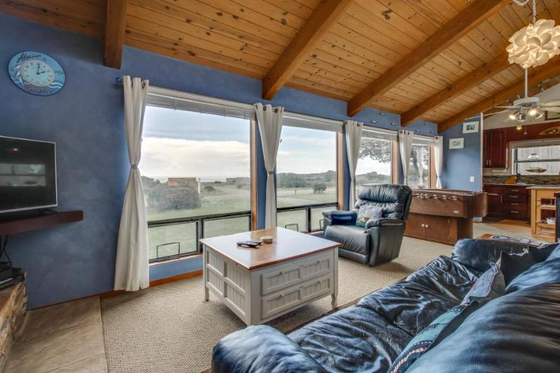 Family home with private hot tub, shared pool, & game room. Dogs welcome! - Image 1 - Sea Ranch - rentals