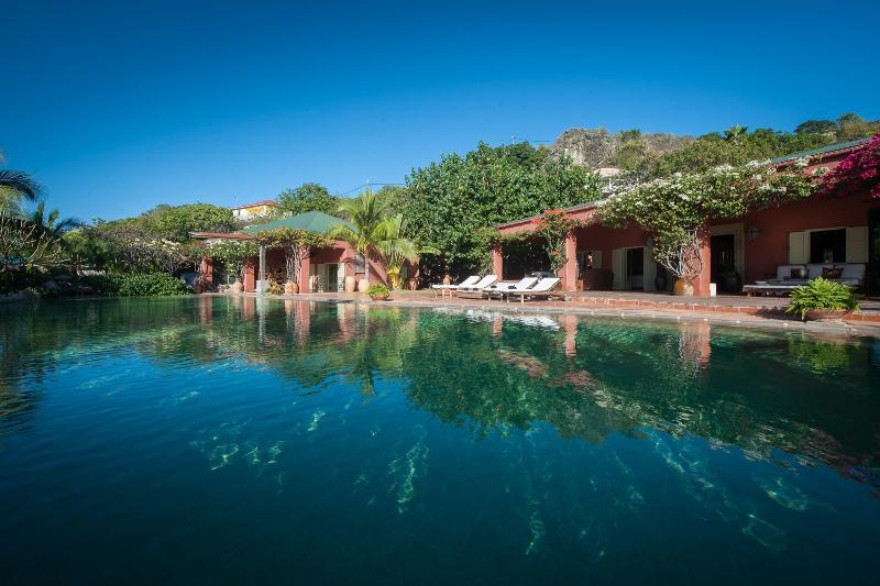 Villa Sutherland - Image 1 - Grand Cul-de-Sac - rentals