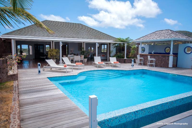 Villa Depardieu - Image 1 - Pointe Milou - rentals