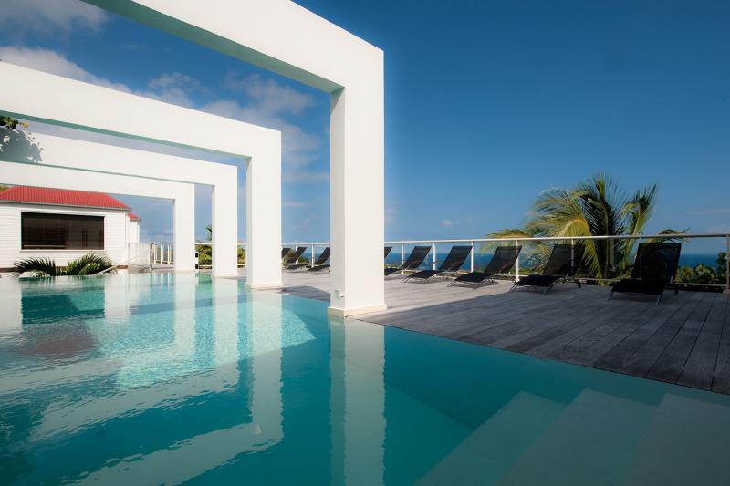 Villa Redford - Image 1 - Camaruche - rentals