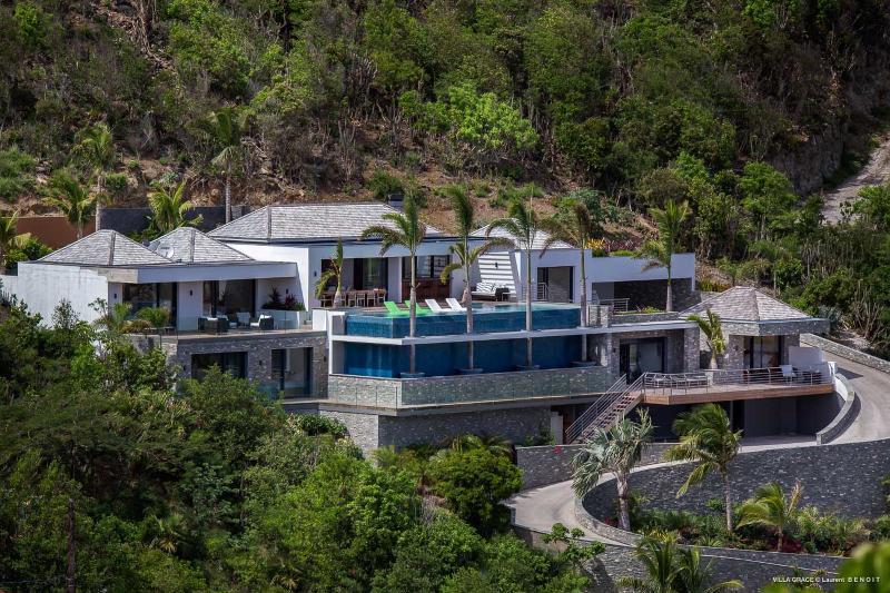 Villa Fox - Image 1 - Anse Des Cayes - rentals