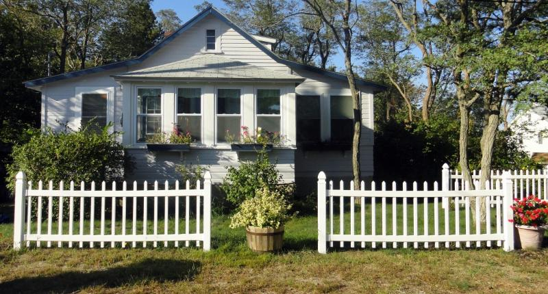 Front of Cottage - A MAINE CLASSIC! - Saco - rentals