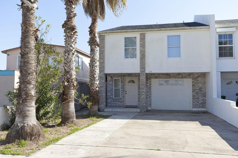 125 E Verna Jean (4 bedrooms, 3 bathrooms) - Image 1 - South Padre Island - rentals