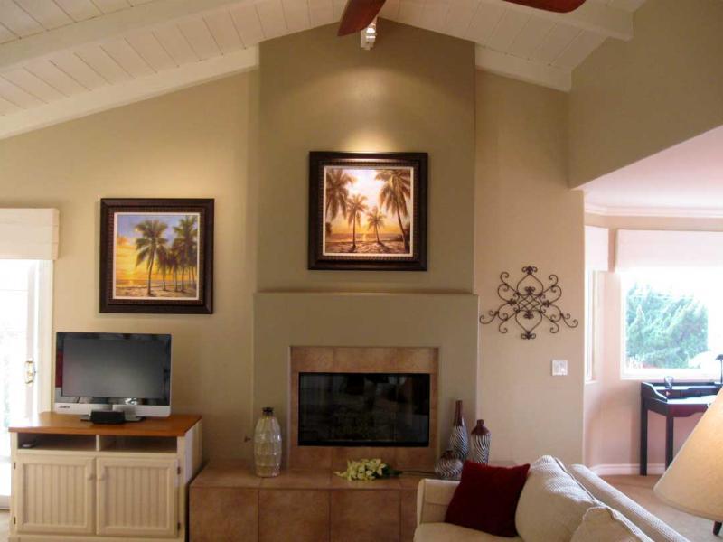 Carlsbad Beach House Great Room - Enjoyable Carlsbad Village Beach House - Carlsbad - rentals