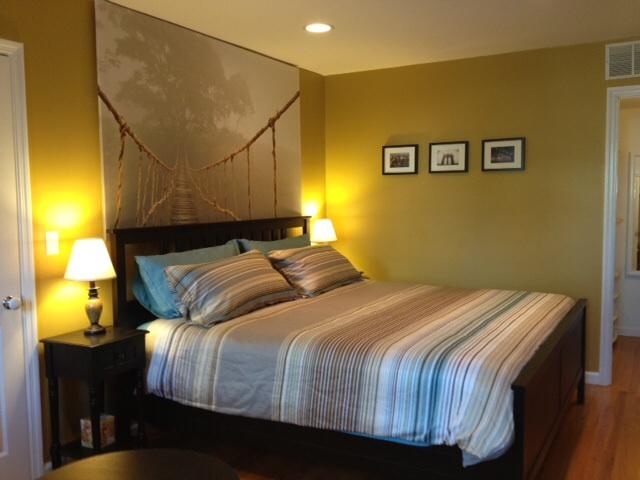 Bedroom with king bed and walking closet - Great location, cosy, charming 10 mn to manhattan - Jersey City - rentals