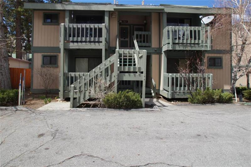 Lakeside Condo - Image 1 - City of Big Bear Lake - rentals
