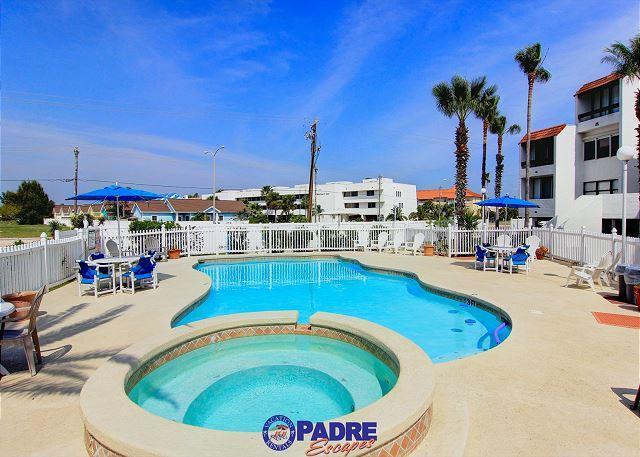 Fairway Villas complex pool - Fairway Villas 208 is just steps from the All-New Schlitterbahn water park! - Corpus Christi - rentals