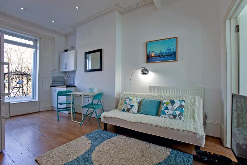 Sunny 1 Bedroom Apartment in Islington - Image 1 - London - rentals