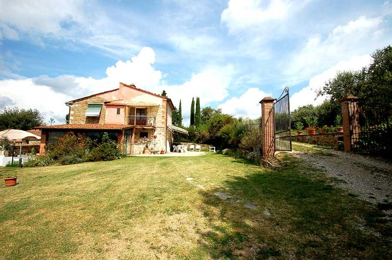 House with private pool near Siena and Arezzo - Image 1 - Rigomagno - rentals