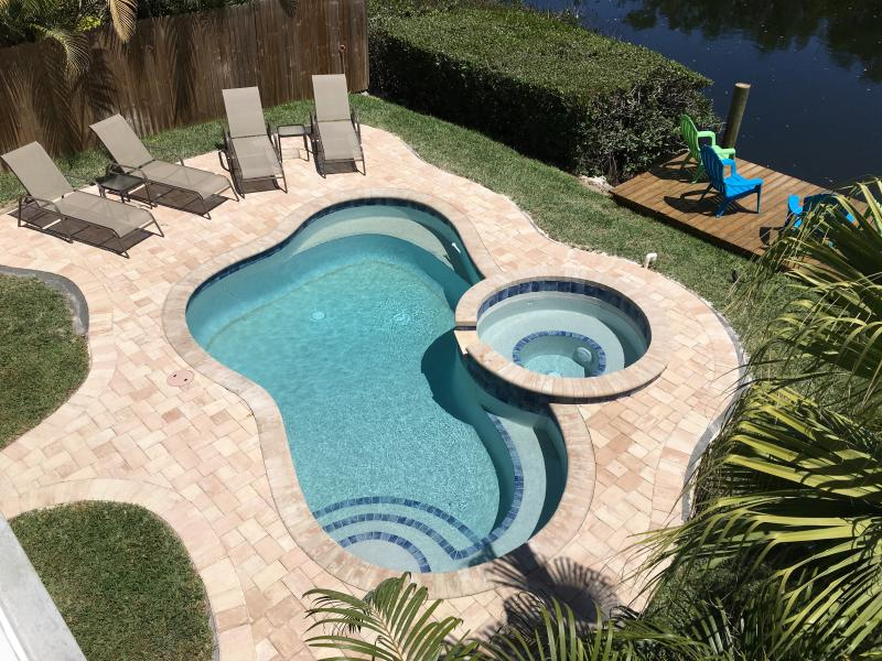 Heated Pool, Spa and Dock - NO BOOKING FEE, POOL, SPA Home 1 Block to the Gulf - Holmes Beach - rentals